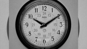 AEG Uhr